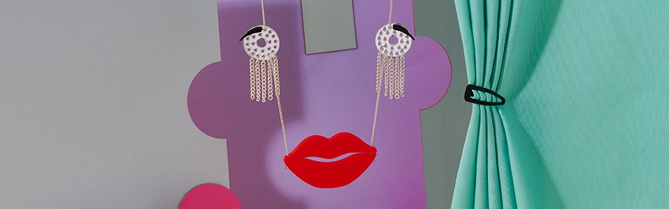 Avant Garde Robot Face Necklace, Tatty Devine (detail)
